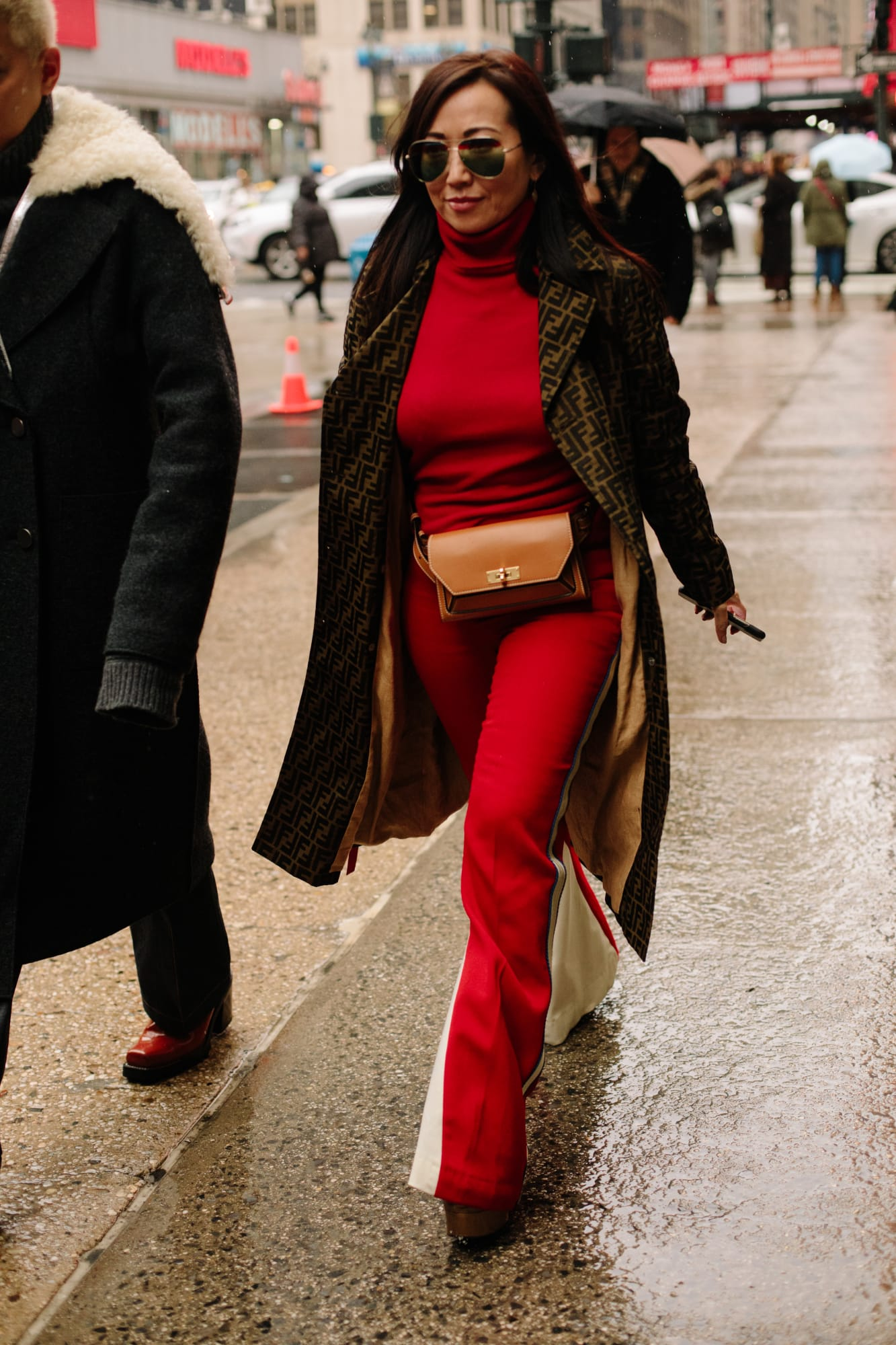 new-york-fashion-week-street-style-fall-2018-day-4-13
